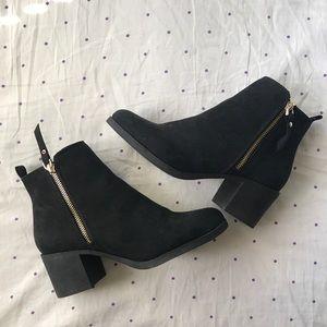 H&M | Black Zip Heeled Bootie